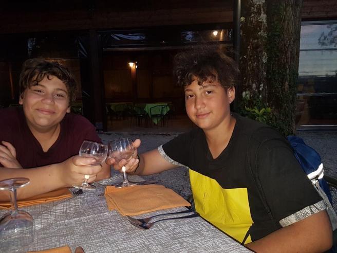 """Photo of Ragazzini morti a Terni, gli amici: """"stavano malissimo ma non hanno voluto chiamare il 118"""""""