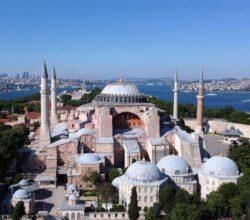 instabul-santa-sofia-moschea-dopo-86-anni