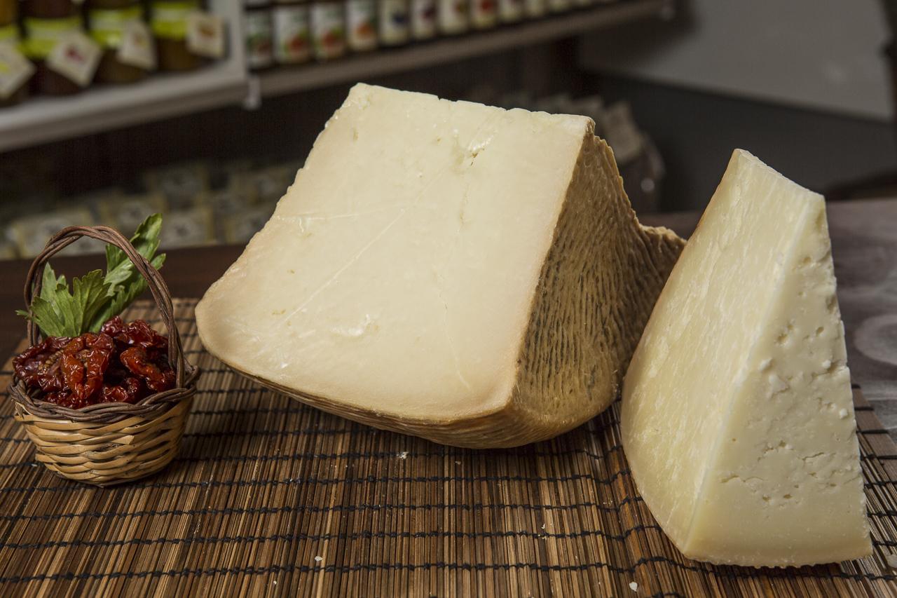 """Photo of Richiamato dai supermercati un formaggio pecorino: """"Rischio grave"""""""