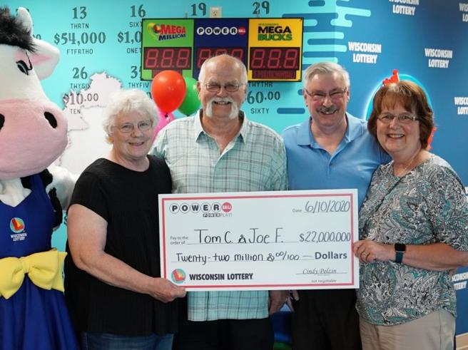 vince-22-milioni-divide-amico-lotteria