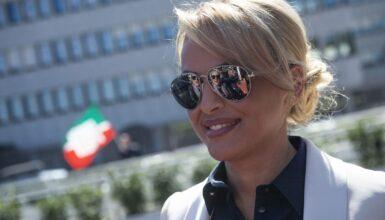"""Francesca Pascale e la fine della relazione con Silvio Berlusconi: """"buonuscita"""" da 20 milioni di euro"""
