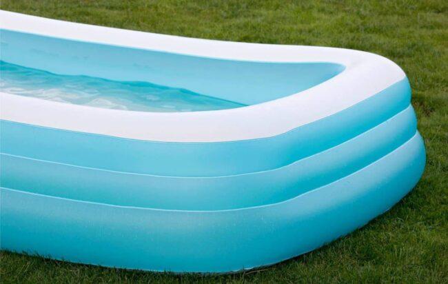 cuneo-bimbo-annega-piscina-davanti-madre