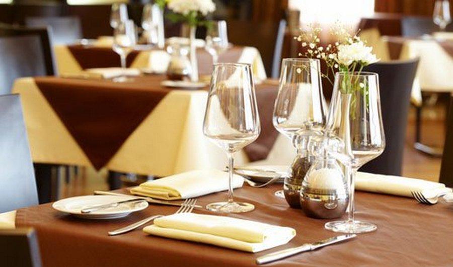 distanze-ristoranti-puglia-amici-matrimoni-ordinanza-8-luglio