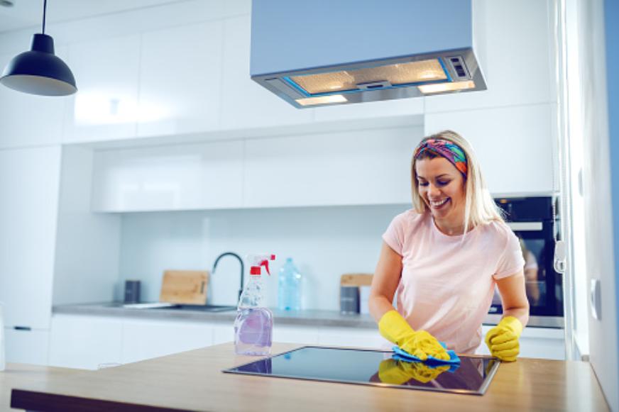 Photo of Il bonus casalinghe è davvero così utile? Secondo i calcoli, il contributo pro capite sarebbe di 40 centesimi