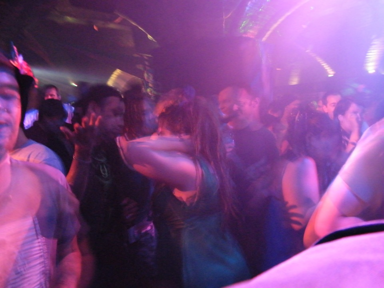 custonaci-chiusura-discoteca