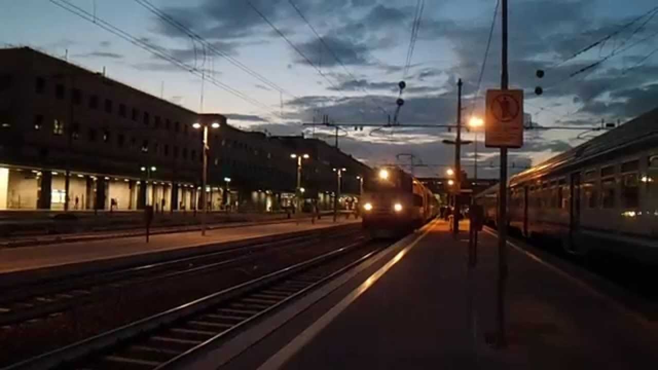 aquila-auto-binari-treno-frena