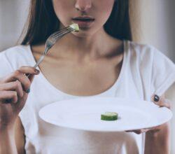 taranto-smette-mangiare-morta-43enne