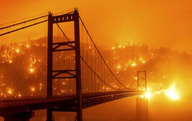 Oregon proclama stato emergenza per incendi