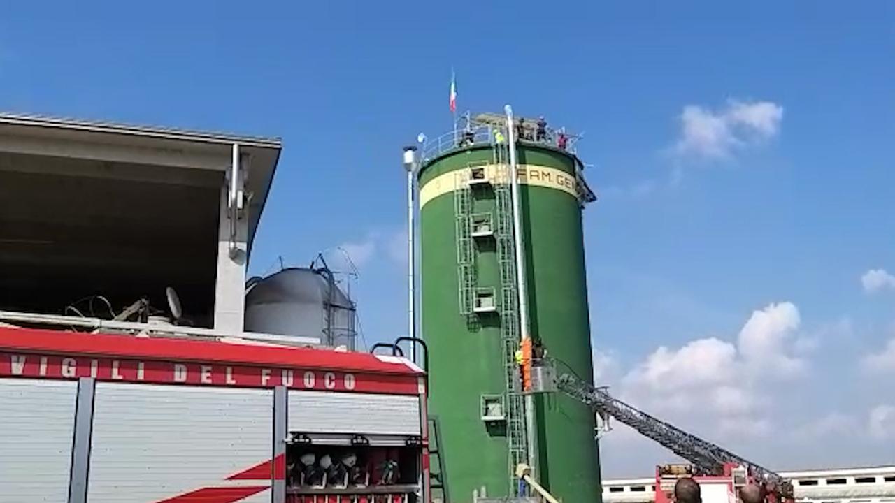 cuneo-incidente-lavoro-cavallermaggiore-cadono-silos