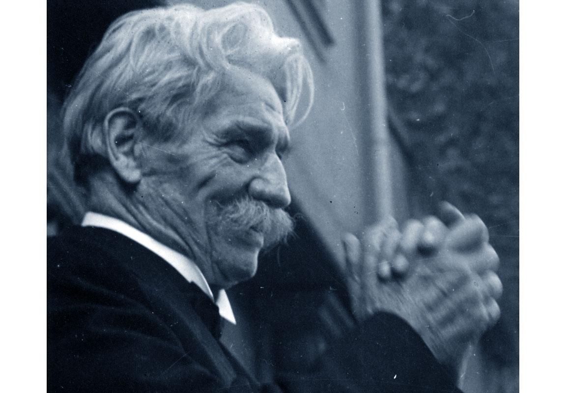 Photo of Il 4 settembre del 1965 ci lascia Albert Schweitzer, l'uomo che dedicò tutta la sua vita al prossimo