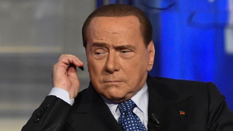 """Photo of Berlusconi ricoverato per Coronavirus, l'ultimo bollettino: """"Quadro clinico confortante"""""""
