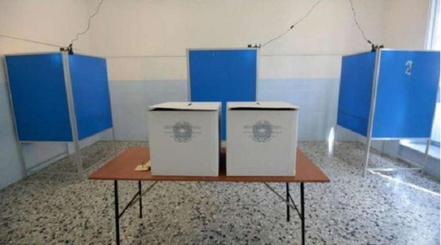 Photo of Foggia, narcotizzano un finanziere e gli rubano la pistola in un seggio elettorale