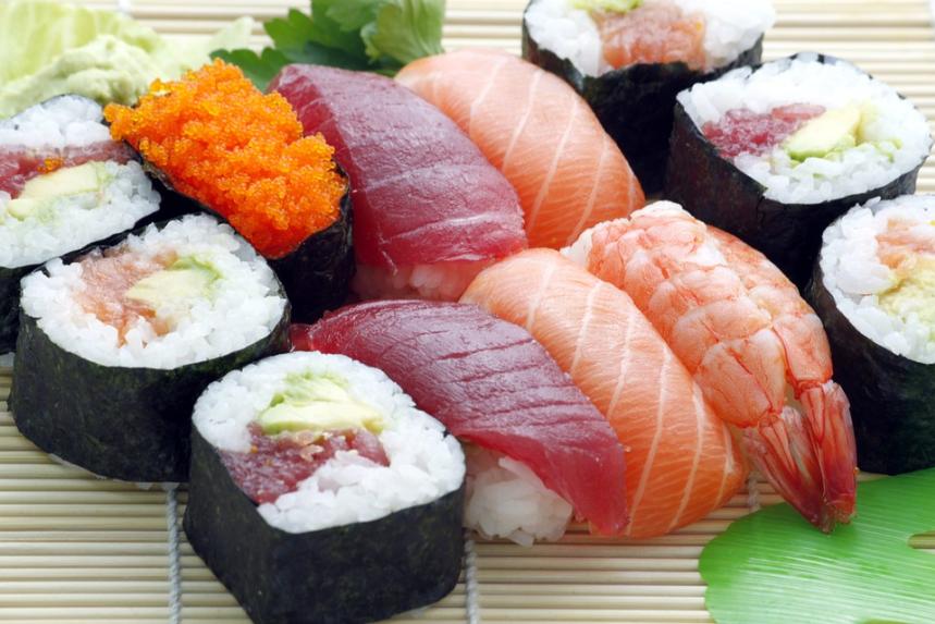 """Photo of Torino, maxi sequestro di cibo destinato ai ristoranti sushi """"all you can eat"""""""