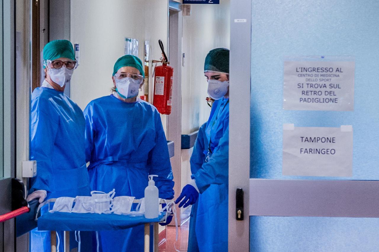 Photo of Focolaio Covid all'ospedale Sacco di Milano: 20 positivi, chiuso reparto cardiologia