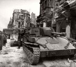 foto-storica-della-battaglia-di-berlino-1945