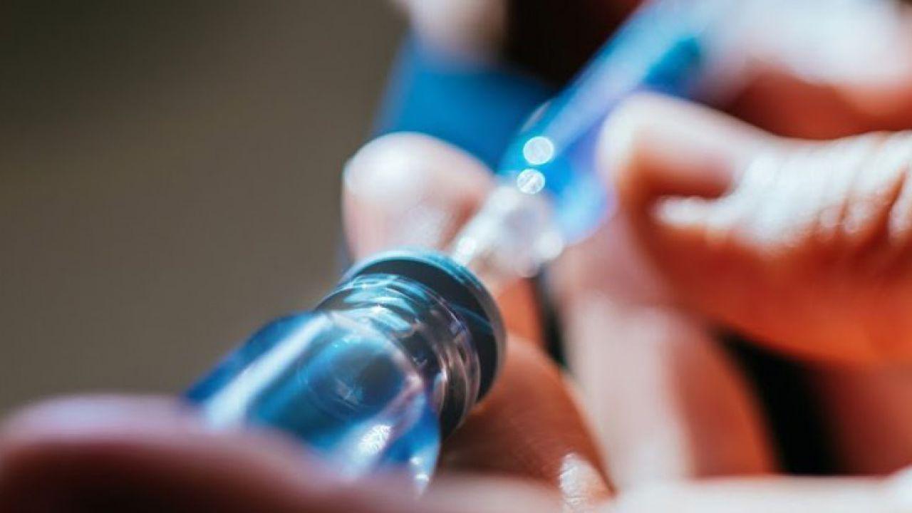 Photo of Vaccino coronavirus, Von Der Leyen: dal 2021 dosi per 700 milioni di persone