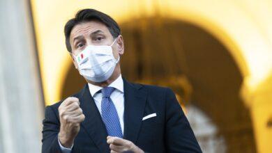 """Photo of Covid, Conte: """"In Italia scenario di tipo 3. Intervenire ora o epidemia ci sfugge di mano"""""""