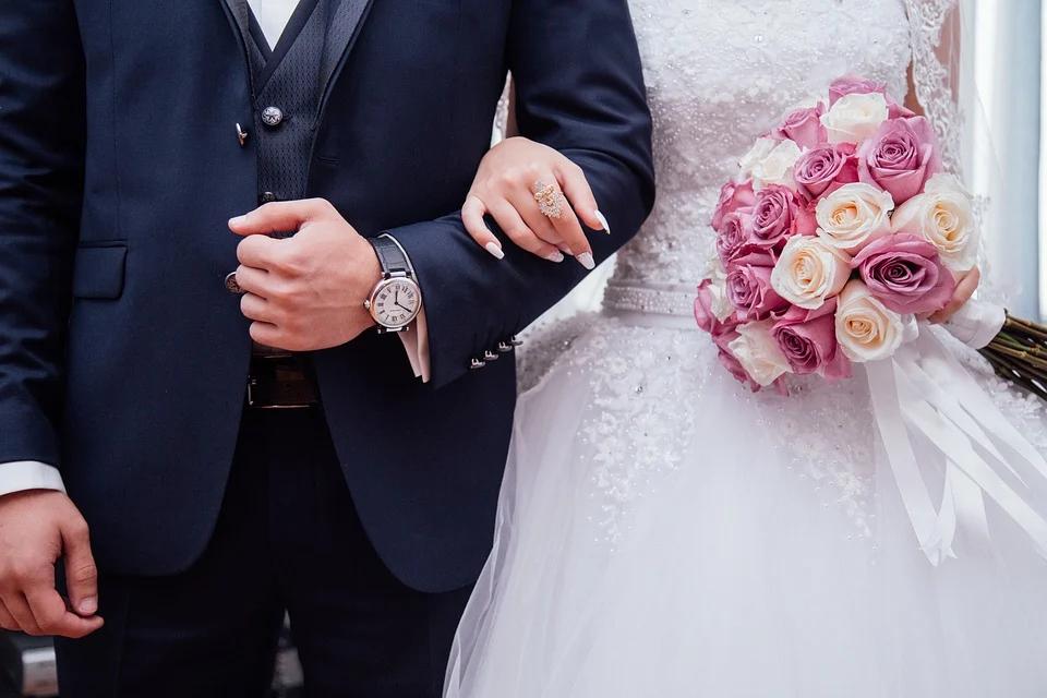 covid-protocollo-regione-campania-regole-matrimoni-bar-alberghi-locali