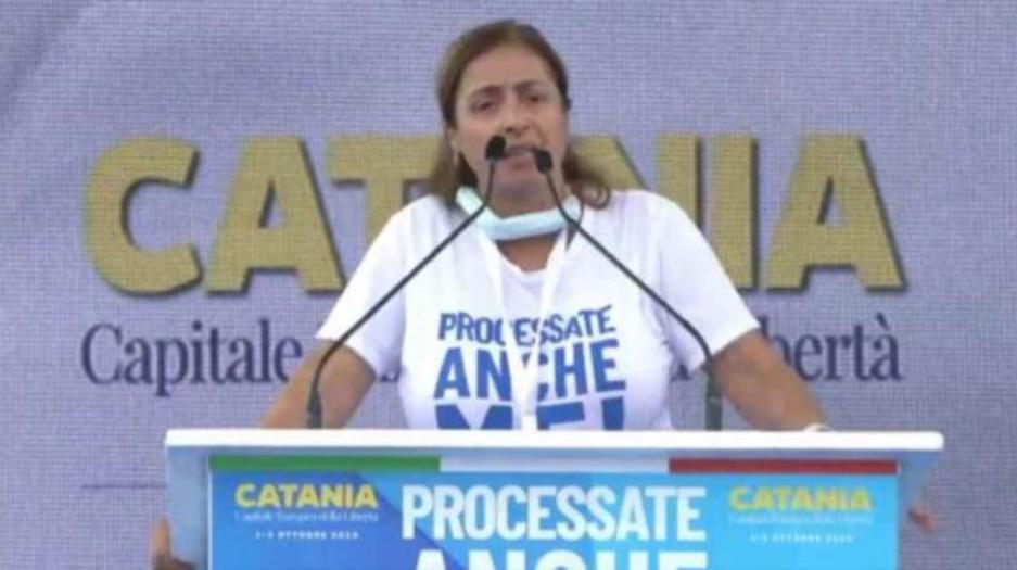Photo of Catania, frase shock della leghista Angela Maraventano: l'ex senatrice lascia il partito