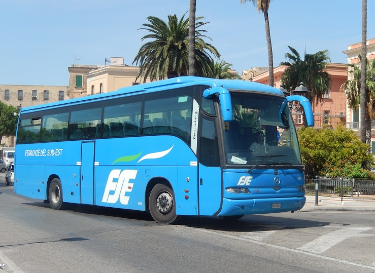 cellino-san-marco-14enne-bus-scendere