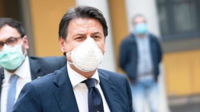 "Photo of Covid, Italia nello scenario 3: governo pensa al ""lockdown morbido"""