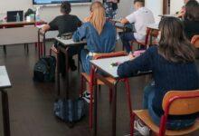 """Photo of Covid, Azzolina a Fontana: """"Trovi altre soluzioni su scuole superiori"""""""