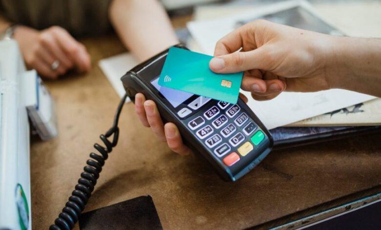 natale-extra-cashback-150-euro-10-acquisti-carte-app