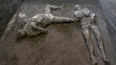 pompei-scoperti-corpi-uomo-schiavo-calchi