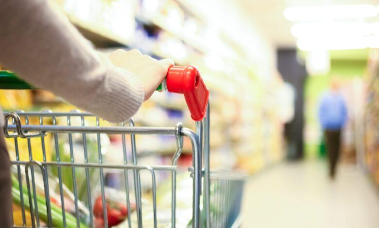 mantova-positivo-covid-spesa-supermercato-denuncia
