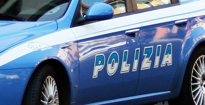 roma-rapinato-aggredito-bastone-arrestati-uomo-donna