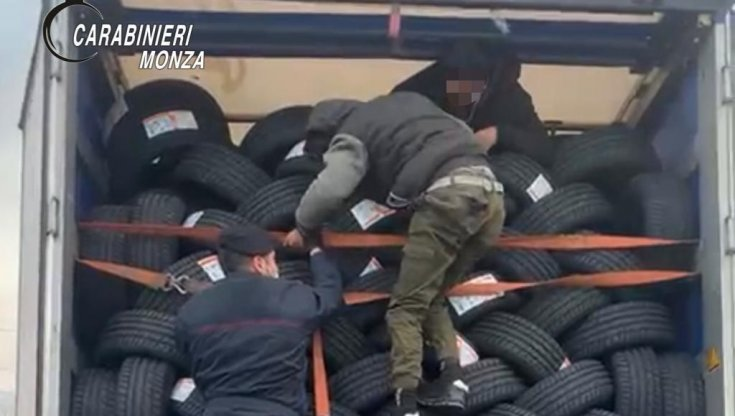 sei-migranti-trovati-monza-nascosti-camion