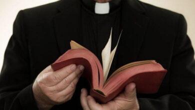 campobasso-sacerdote-offerte-denunciato-20enne