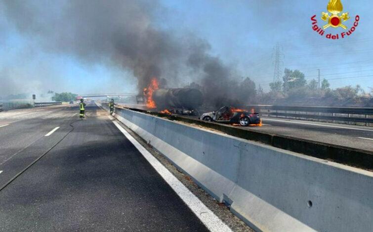 grave-incidente-a1-autocisterna-fiamme-morti-22-giugno