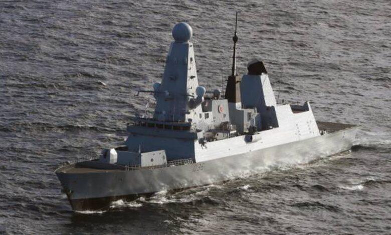 crimea-russi-contro-nave-guerra-inglese