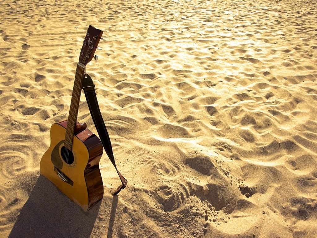 canzoni sull'estate più belle