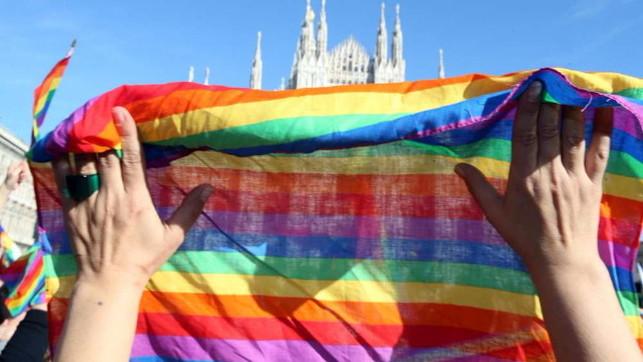 vaticano-condanna-terapie-cura-omosessualità
